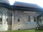 """Manastirea Sucevita (36) Pe latura de nord este reprezentata scena """"Scara virtutilor"""""""