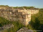 Cetatea de la Adamclisi - Ziduri în interiorul cetății - Foto Cosmin Stefanescu 1 MAI 2010 (22)
