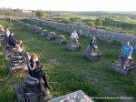Cetatea de la adamclisi - Prietenii mei par niste piese de sah - Foto Cosmin Stefanescu - Nokia N96