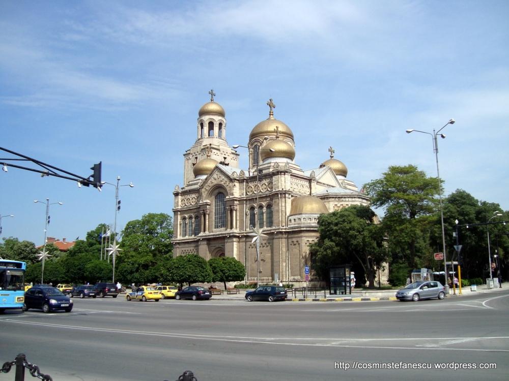 Catedrala ~ Sf. Adormirea Maicii Domnului ~ Varna -Bulgaria Foto Cosmin Stefanescu (2)