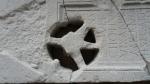 Lespede funerara distrusa in parte de maini criminale, probabil reprezentanti ai curentului New Age - Muzeul Tropaeum Traiani - Adamclisi, Romania (1)