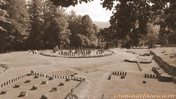 Zona sacra  - Sarmisegetusa Regia,  Orastioara de sus, Muntii Sureanu, Hunedoara, Romania - Fotografii relizate de Henry Cosmin Florentin Stefanescu